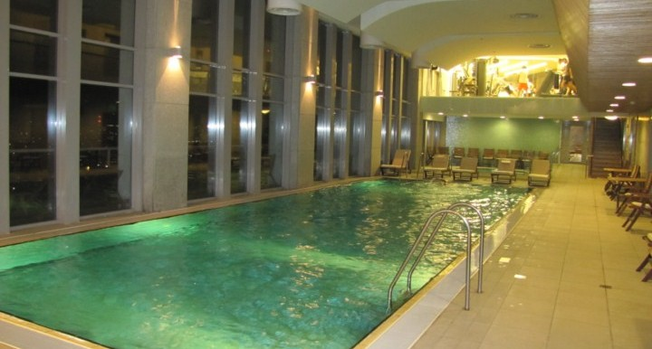 20 - Pool