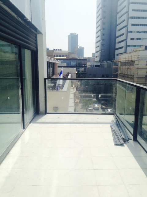 Stunning Apartment With Balcony and Parking in Brand New Building