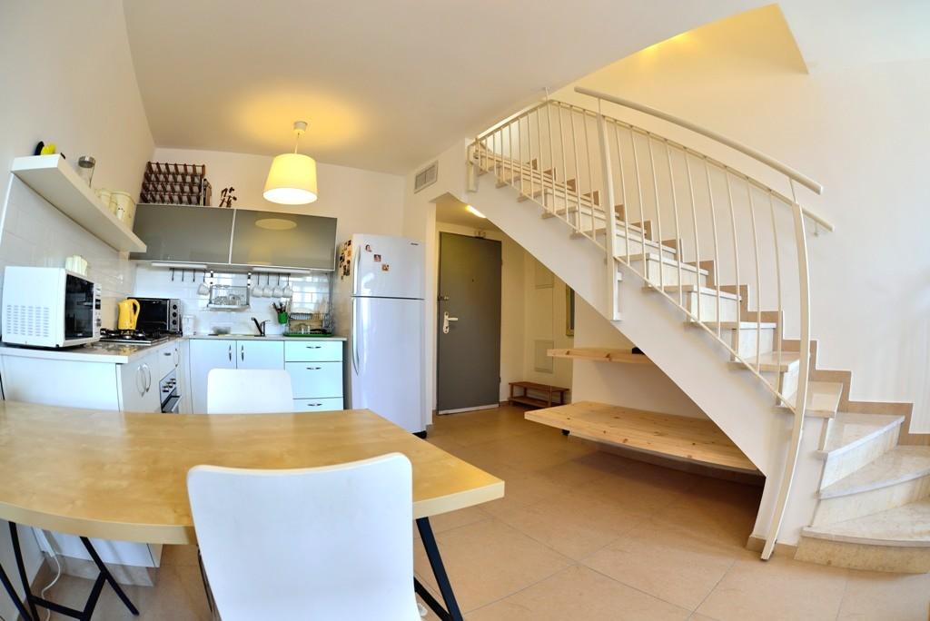 Rooftop Duplex in Prime Jaffa Location