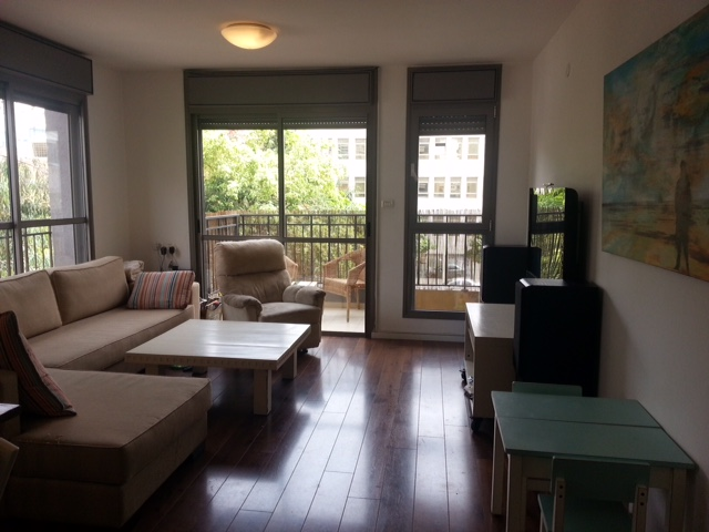 Fully Furnished Apt in Prime Location