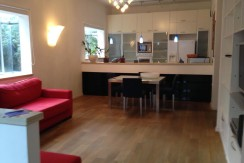 Fully Furnished Apt in Heart of Tel Aviv