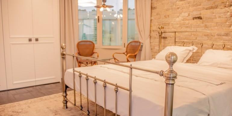 Bilu master bedroom2-min