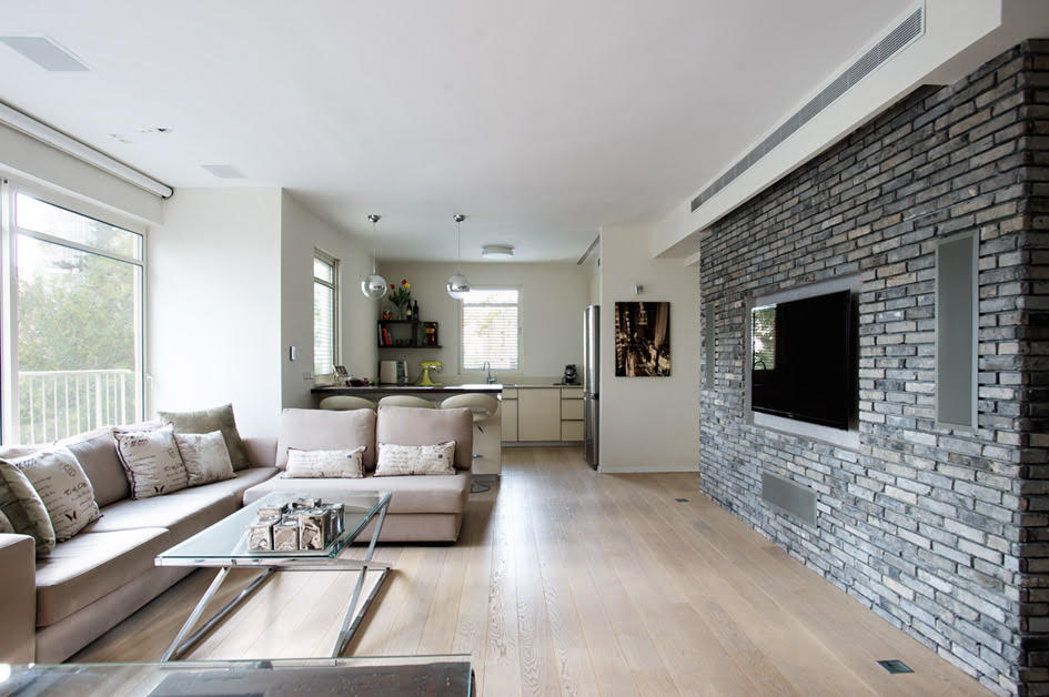 High Standard Duplex Apt with Rooftop Terrace