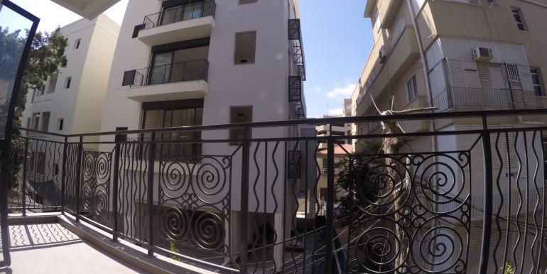 Montefiore balcony