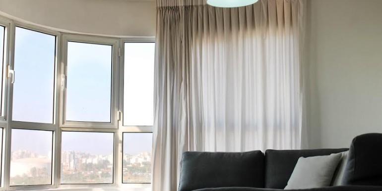 Dizengoff living room