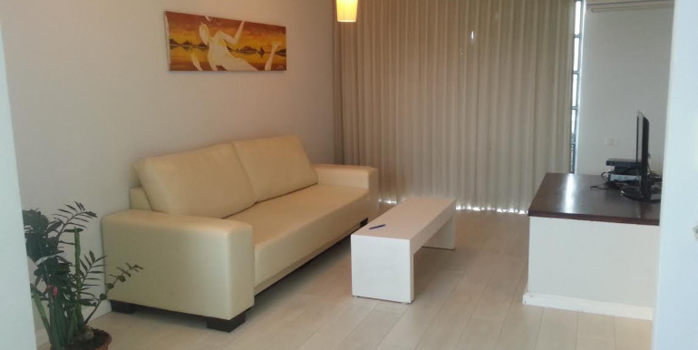 Ben Yehuda living room2