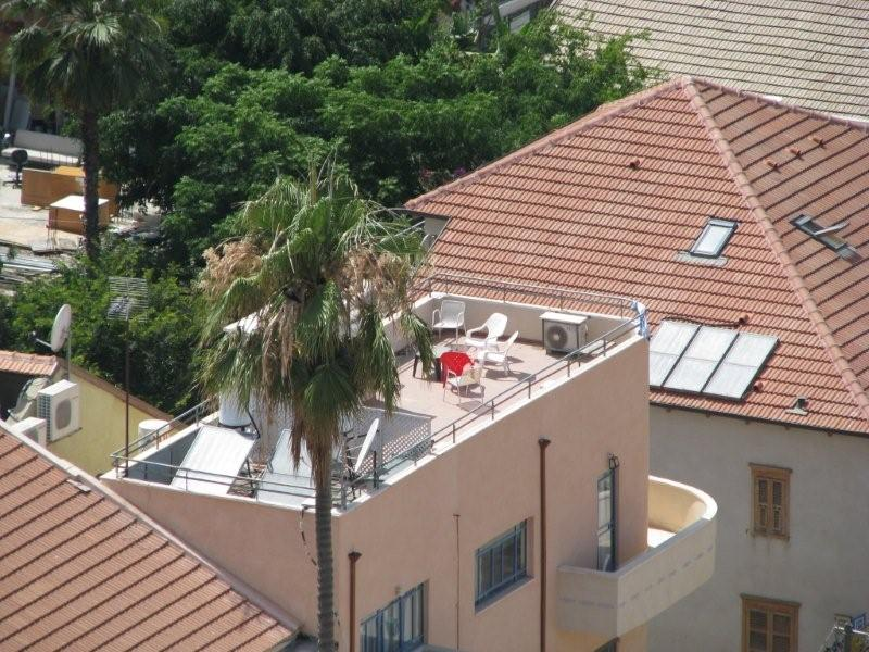 Private Bauhaus Building With 2 Apartments And A Stunning Rooftop With Sea Views in Neve Tzedek