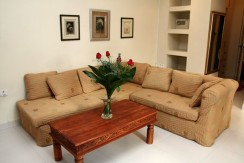 Fully Furnished Apt in Seaside Location of City Center
