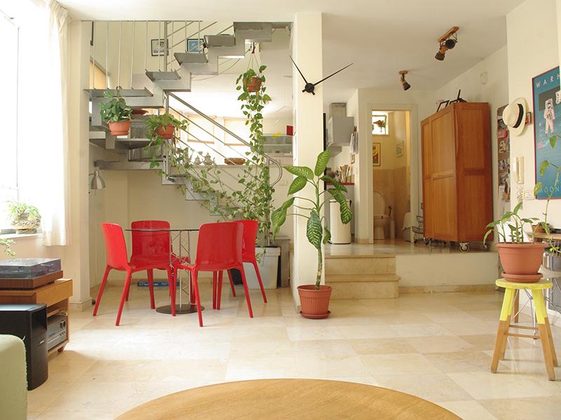 Architecturally Designed Duplex in Neve Tsedek Neighborhood