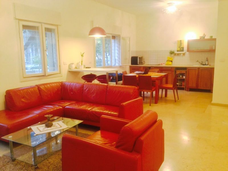 Fully Furnished Apt in the Heart of Tel Aviv