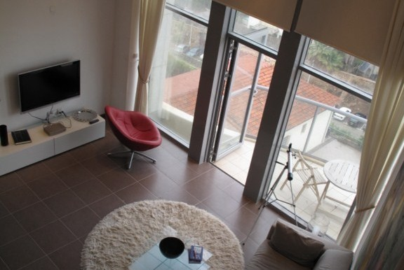 Neve Tzedek Tower Living Room & Balcony-min