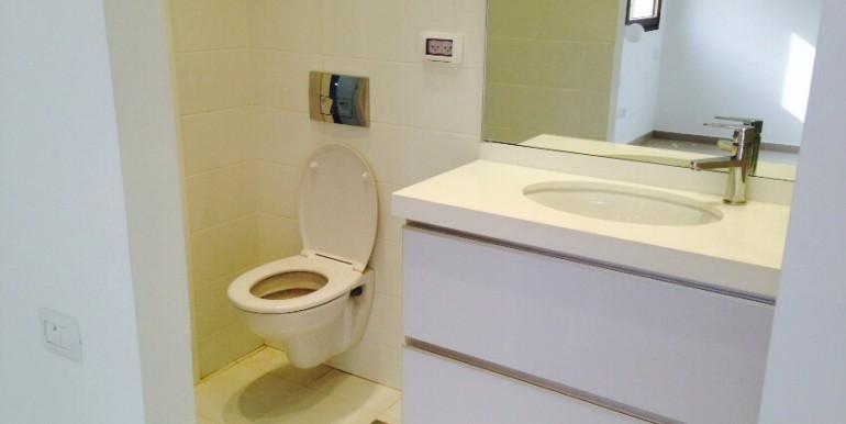 Shabazi Bathroom 2