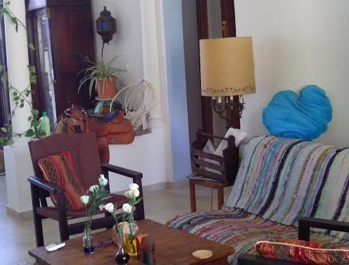 Ha-Magid mi-Dubna livingroom