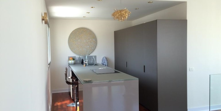 HaAri kitchen-min (1)
