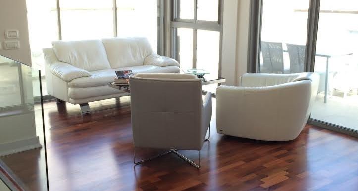 HaAri living room-min