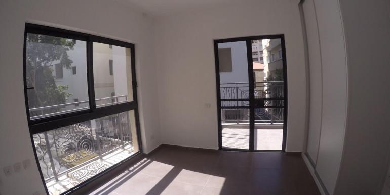 Montefiore bedroom1
