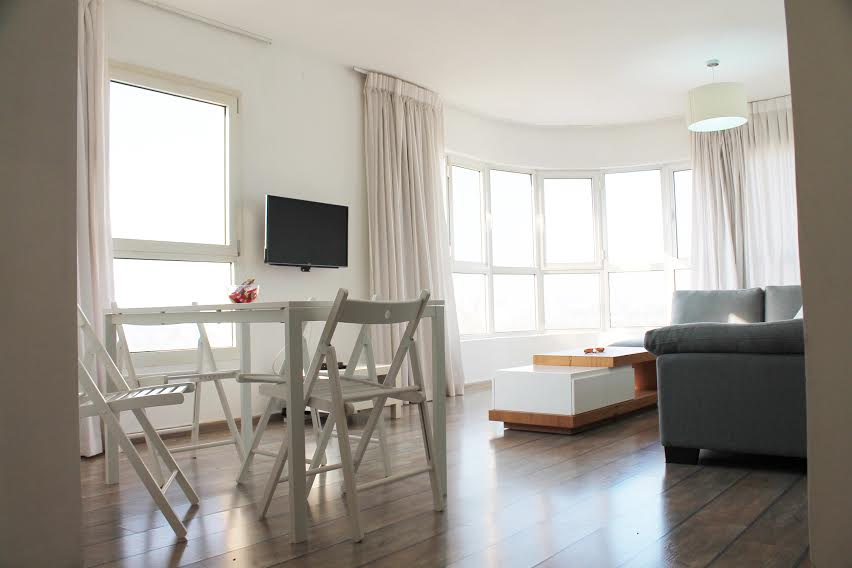 Fully Furnished Apartment With Sea View