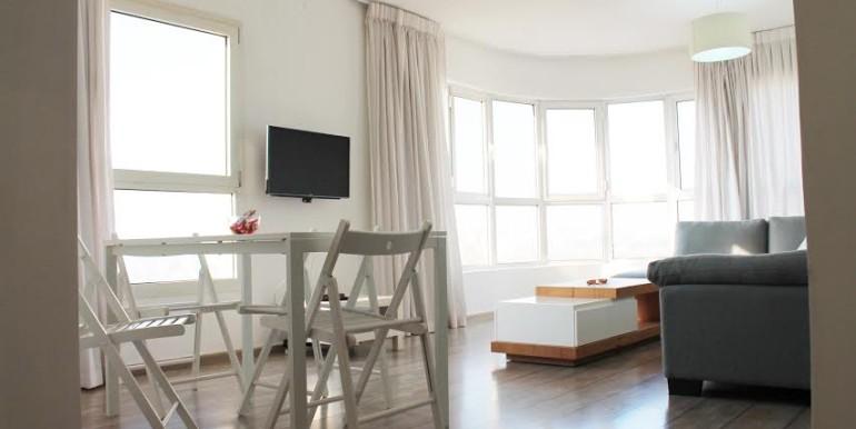 Dizengoff living room10