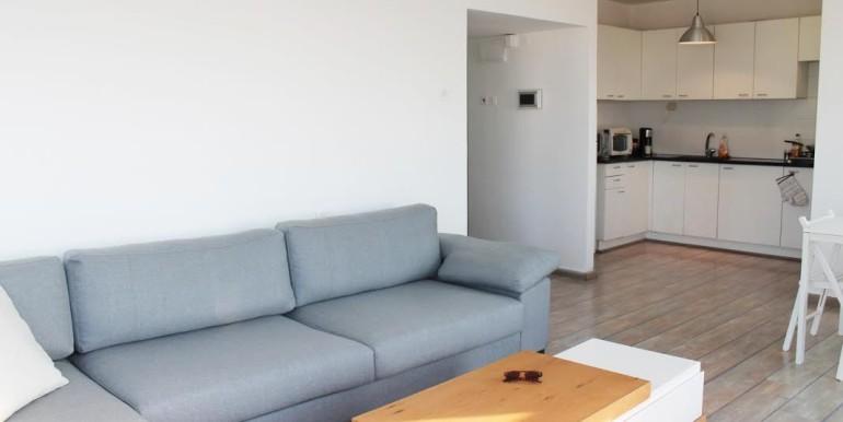Dizengoff living room13