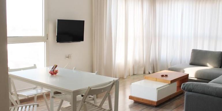 Dizengoff living room4
