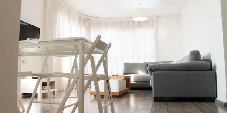 Dizengoff living room6