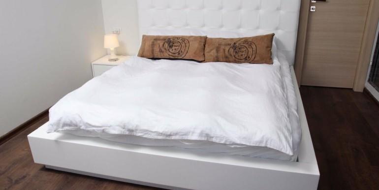 Ibn Gabirol bedroom2-min