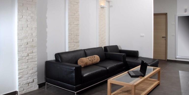 Ibn Gabirol living room3-min
