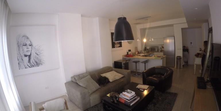 Ahad Ha'Am living room1-min