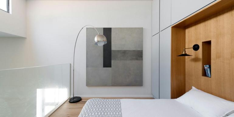 HaPninim bedroom