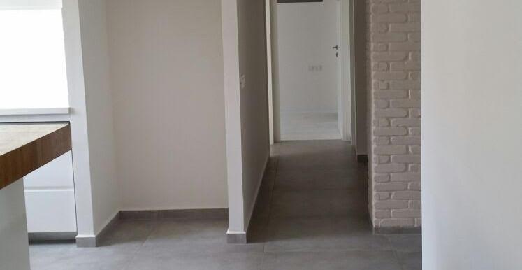 Gottlieb hallway