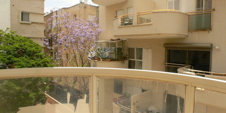 Michal 21- balcony