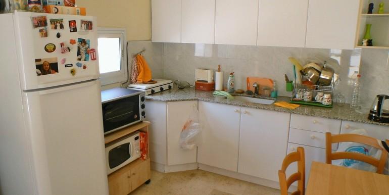 Michal 21- kitchen 2