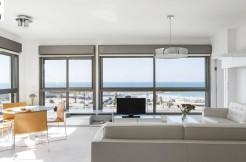High Standard 2 Bedroom Apartment Near the Beach
