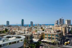 Stunning duplex – Roof top apartment with beautiful open sea view!